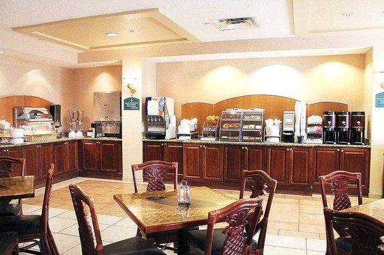 Crown Club Inn Orlando By Exploria Resorts: Restaurant