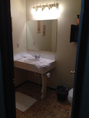 Innsbrucker Inn: Wine Suite Bathroom