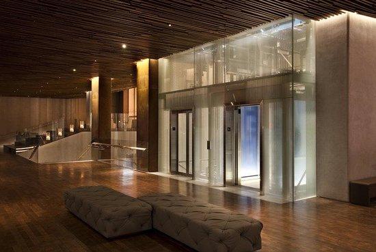 Row NYC Hotel: Lobby Elevators
