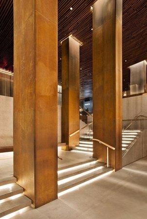 Row NYC Hotel: Lobbysteps