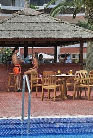 Blue Sea Puerto Resort: Pool