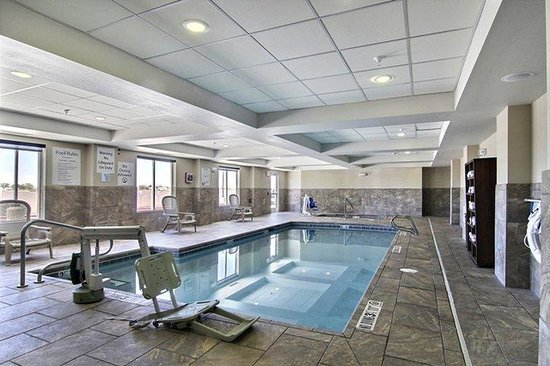 Holiday Inn Express Hotel & Suites Hobbs : Swimming Pool