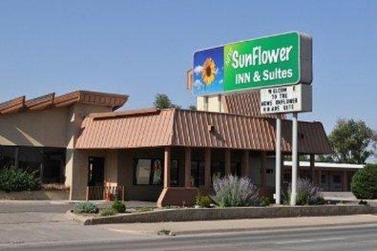 New Sunflower Inn & Suites: Sunflower Front