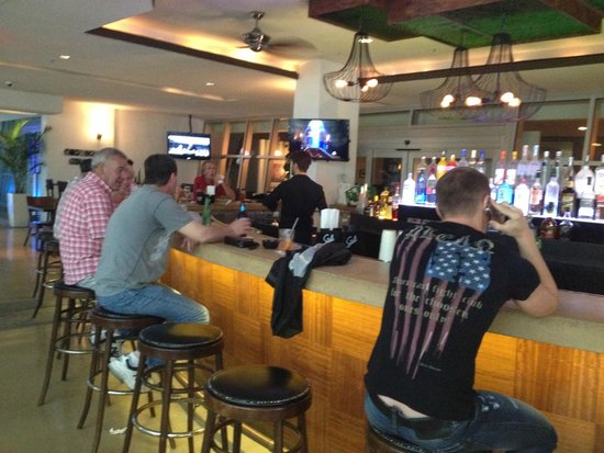 Z Ocean Hotel South Beach - Breezeway Bar