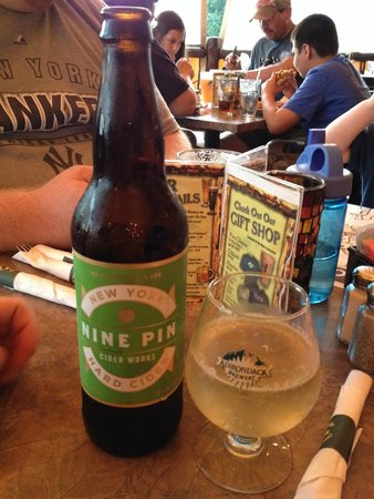 Adirondack Pub & Brewery: My Nine Pin Ale, NY apples!