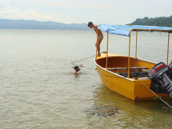 Tando Bone Resort: Zwemmen in Poso meer