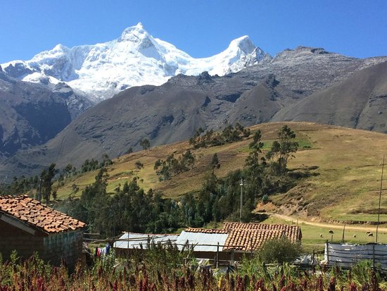 Llanganuco Mountain Lodge: View from the lodge