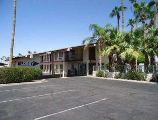 Knights Inn & Suites Yuma: Welcome To The Knights Inn And Suites Yuma