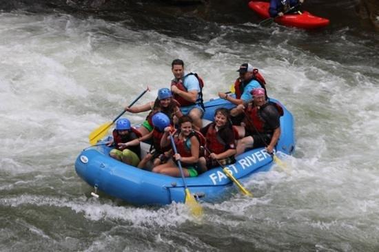 Nantahala Rafting with Adventurous Fast Rivers: fun times!