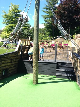 Pirates Cove Adventure Golf: On the Pirate Ship!