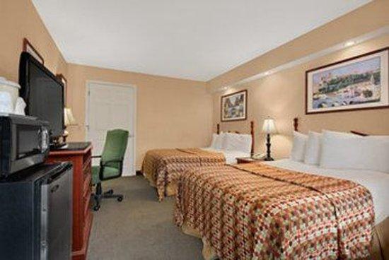 Baymont Inn & Suites Tuscaloosa: Standard Double Room
