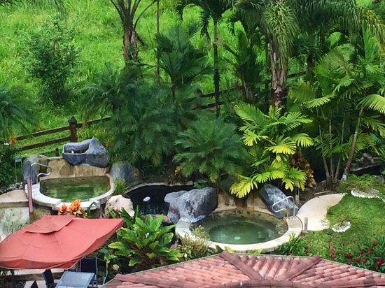 The Royal Corin Thermal Water Spa & Resort: Hot tubs