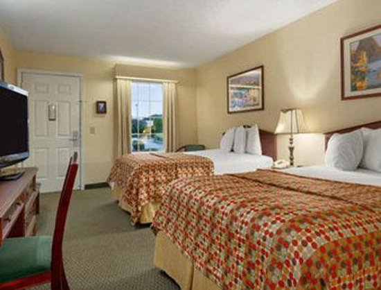 Baymont Inn & Suites Valdosta at Valdosta Mall : Standard Double Room