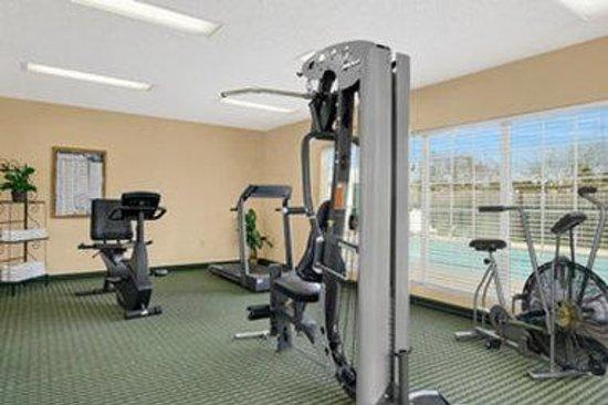 Baymont Inn & Suites Waycross: Fitness Center