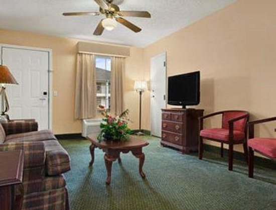 Days Inn Americus : Living Room