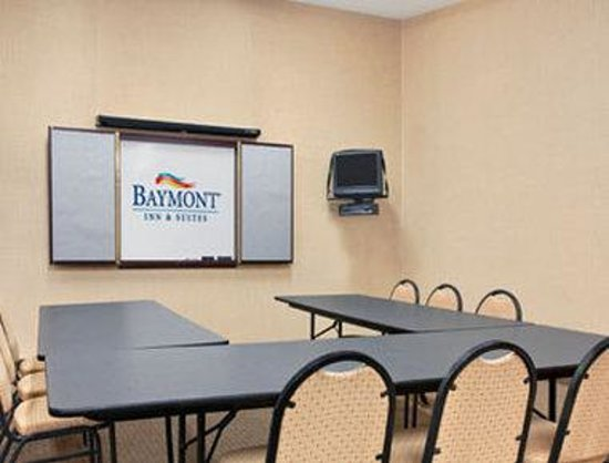 Baymont Inn & Suites Elkhart: Meeting Room