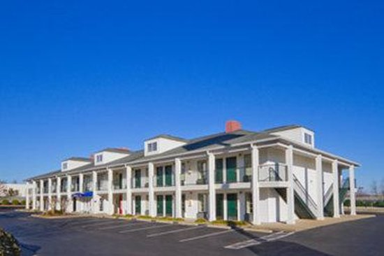 Baymont inn suites eden updated 2017 prices hotel for The baymont
