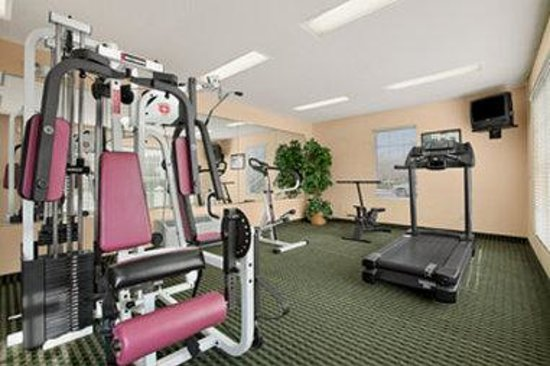 Baymont Inn & Suites Smithfield: Fitness Center