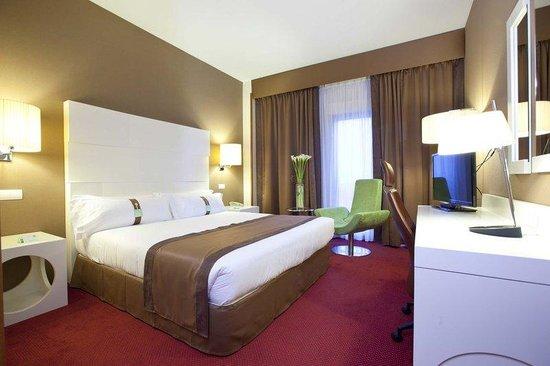Holiday Inn Madrid - Calle Alcala: Superior Room