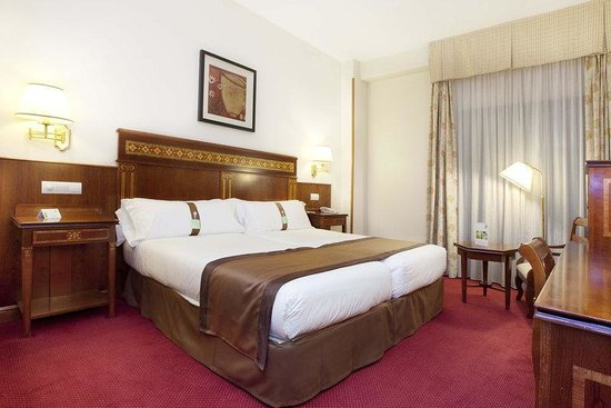Holiday Inn Madrid - Calle Alcala: Standard Room with 1 or 2 beds