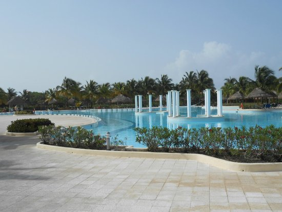 Grand Palladium White Sand Resort & Spa: huge pools
