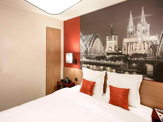 Adagio Koln City: Guest Room