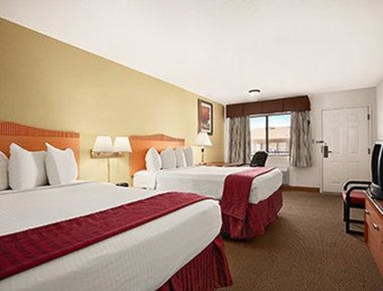 Days Inn by Wyndham Sierra Vista: Standard Double Room