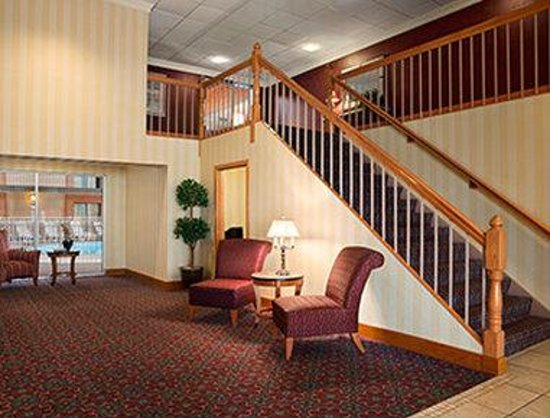 Days Inn - Rock Falls: Lobby