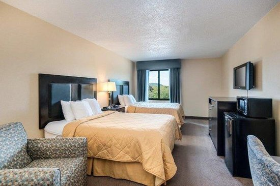 Comfort Inn & Suites Conference Center: JHM