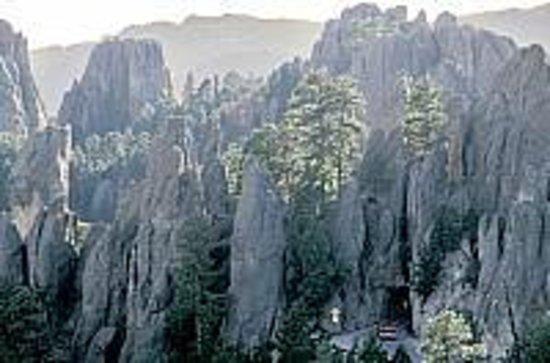 GeoFunTrek Tours: Needles Highway in Custer State Park