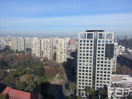 Crowne Plaza Santiago: View from Window