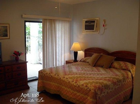 A Place to Be Motel: Apt Bedroom