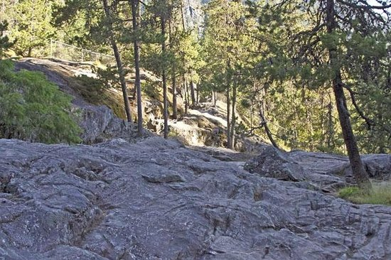 Nairn Falls Provincial Park : Granite Escarpment is slippery, smooth and dangerous...wear the right footgear
