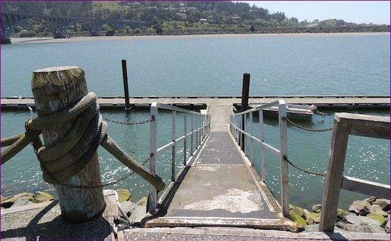 Jot's Resort: Dock