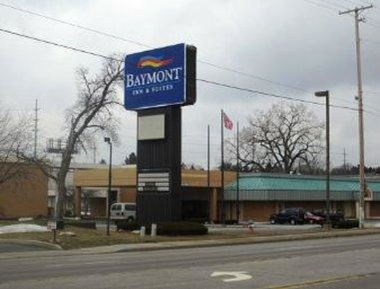 Econo Lodge: Welcome to the Baymont Inn and Suites South Bend