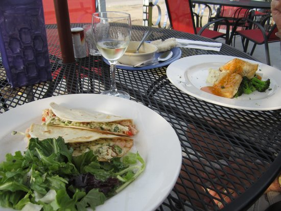 Chowder House Cafe : Lobster and shrimp tacos