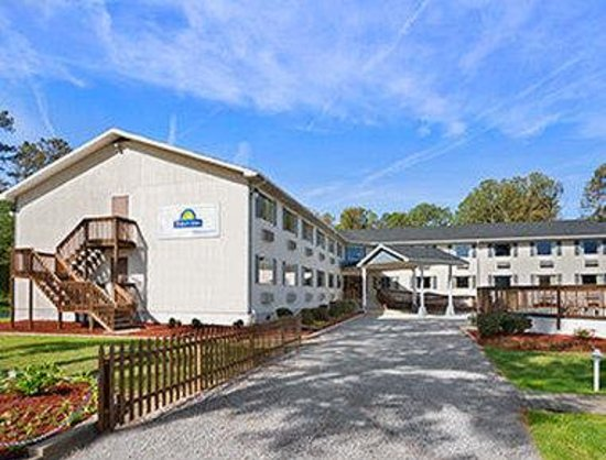 Welcome to the Days Inn Chincoteague Island