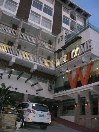Wellcome Hotel: 飯店外觀