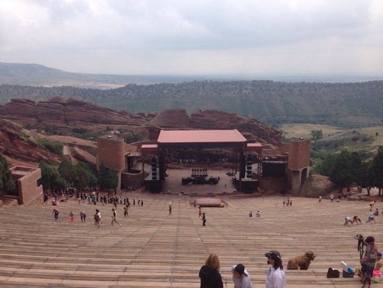 Red Rocks Park and Amphitheatre: Awesome view from the top