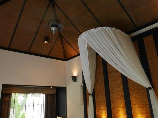 Anantara Mai Khao Phuket Villas : room