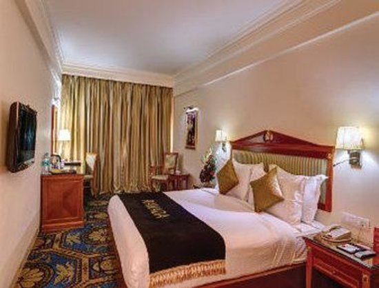 Ramada Amritsar: Deluxe One King Bed Room