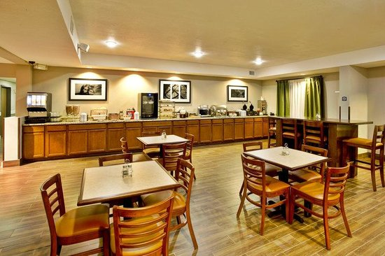Country Inn & Suites By Carlson, Monroeville: Breakfast room