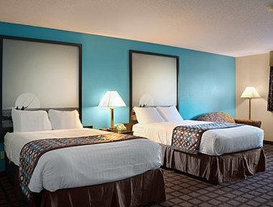 Super 8 Whitewater WI: Standard Two Double Beds