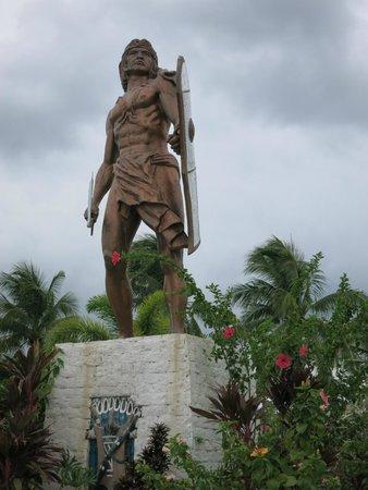 Marco Polo Plaza Cebu: Lapu Lapu Park