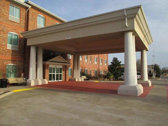 BEST WESTERN PLUS Waxahachie Inn & Suites
