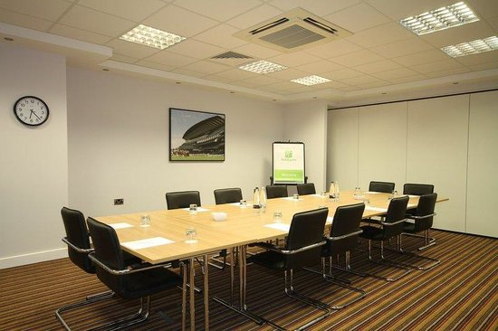 Holiday Inn Huntingdon Racecourse: Ascot Conference Room