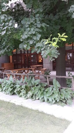 Serene outdoors at hotel broadway