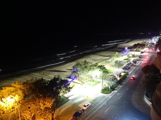 Olympus Apartments : View at night on Surfers Beach