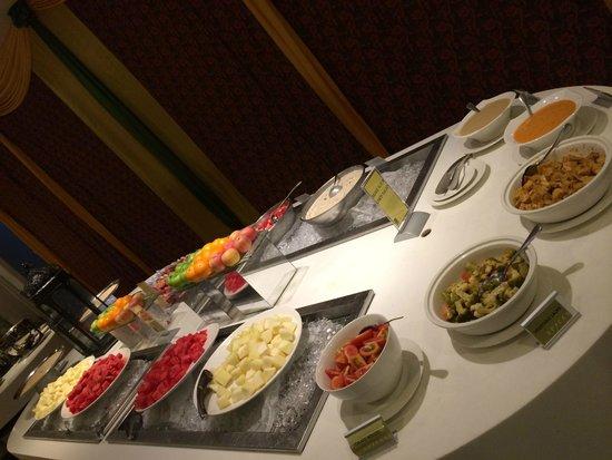 Furama Bukit Bintang: Breakfast
