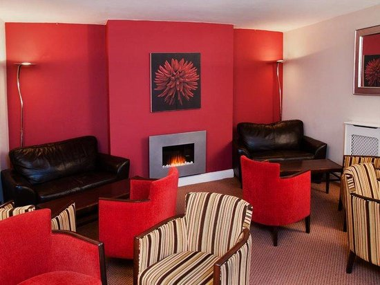 Clarence Court Hotel: Lounge Image